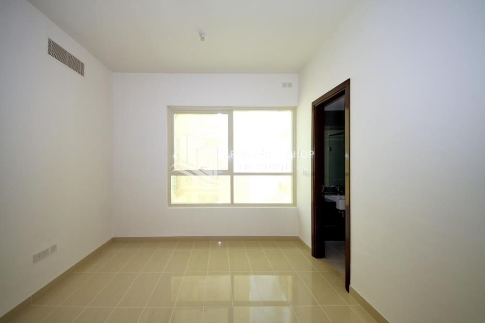 Bedroom - 2 Bedroom Apartment in Burooj View, Marina Square FOR RENT!