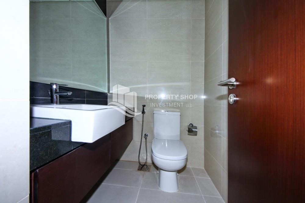 Powder - 2 Bedroom Apartment in Burooj View, Marina Square FOR RENT!