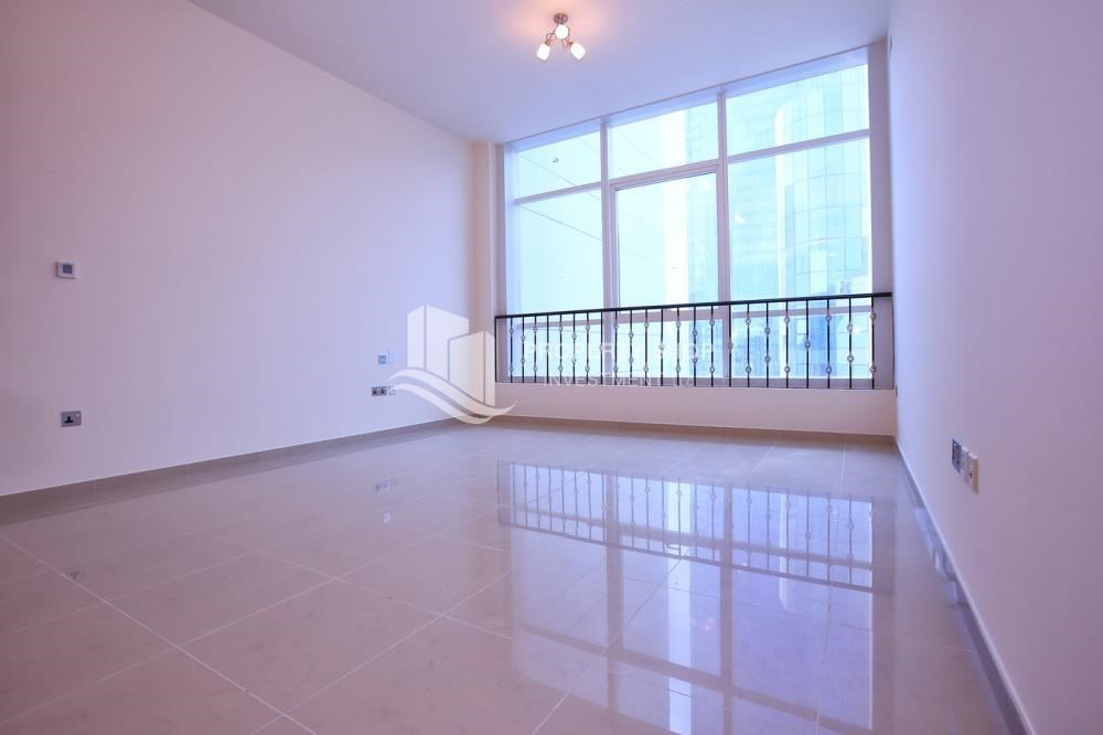 Bedroom - Studio apartment for rent with sea view.