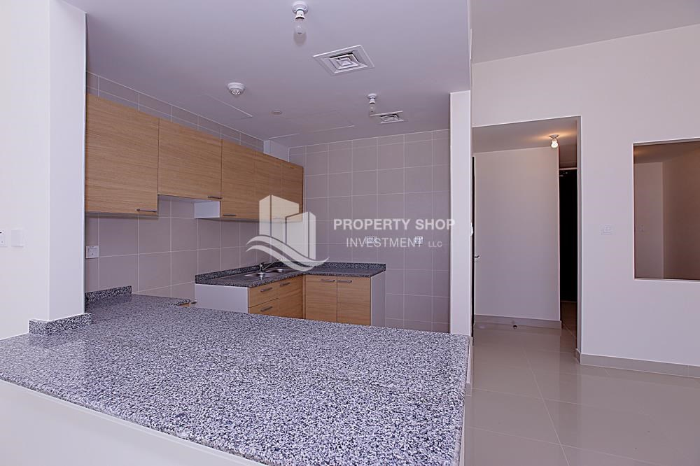 Kitchen - Mid-floor 1BR unit in Marina Bay, City of Lights, for rent