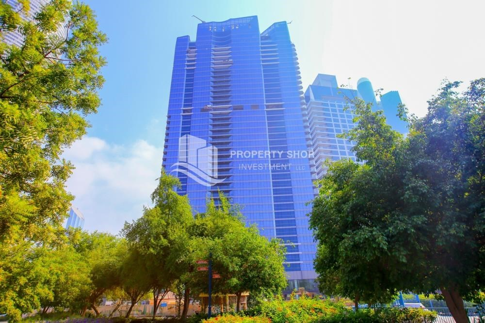 Property - Affordable, 3BR Apartment + Maid, Laundry Room in Wave Tower