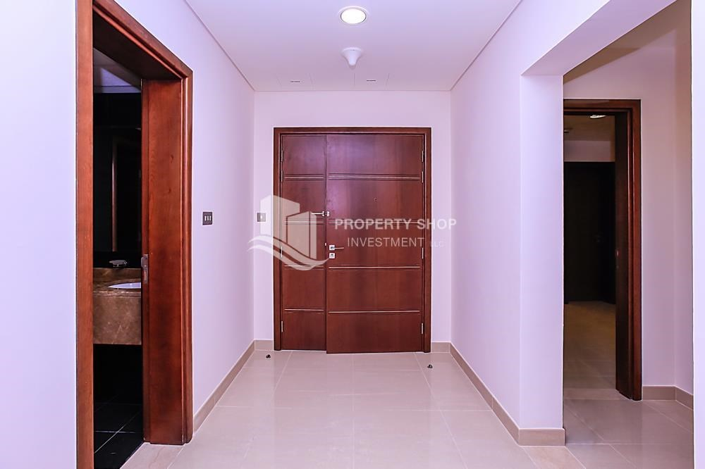 Foyer - Affordable, 3BR Apartment + Maid, Laundry Room in Wave Tower