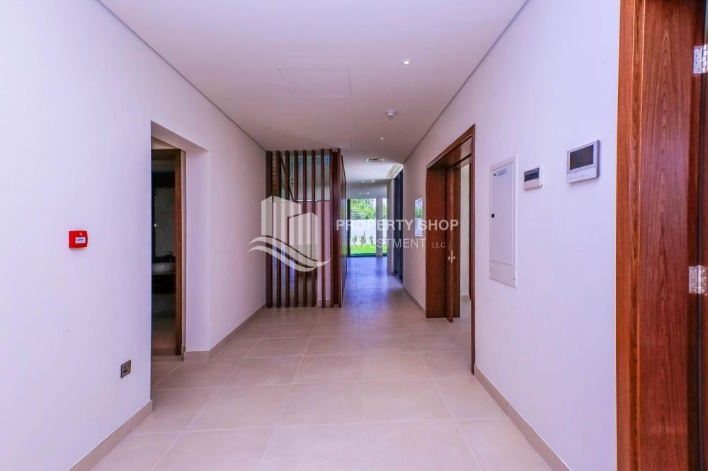 Foyer - Get a chance to own a property in an exquisite community in West Yas.