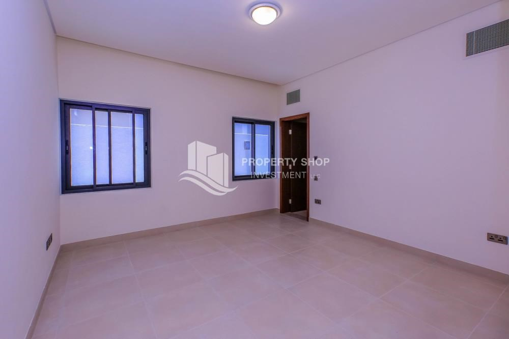 Guest Bedroom - Get a chance to own a property in an exquisite community in West Yas.