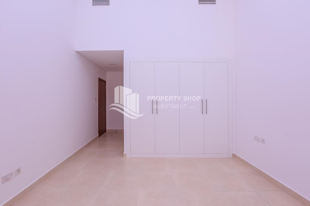 Built in Wardrobe - Low Premium with Mosque and Ferrari World view.