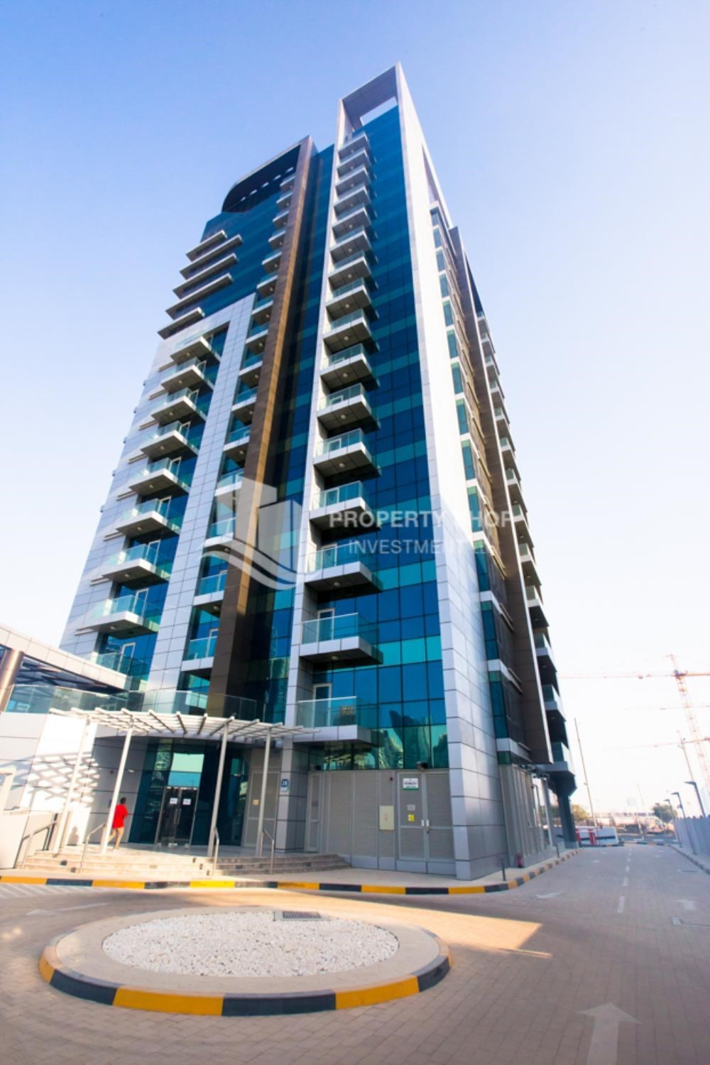 Property - Studio apartment available to rent in Al Noor Tower