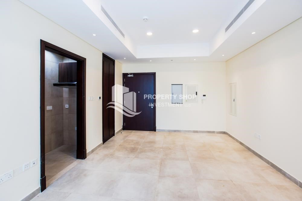 Bedroom - Studio apartment available to rent in Al Noor Tower