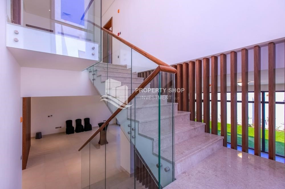 Stairs - 4BR villa in west yas now ready to move in