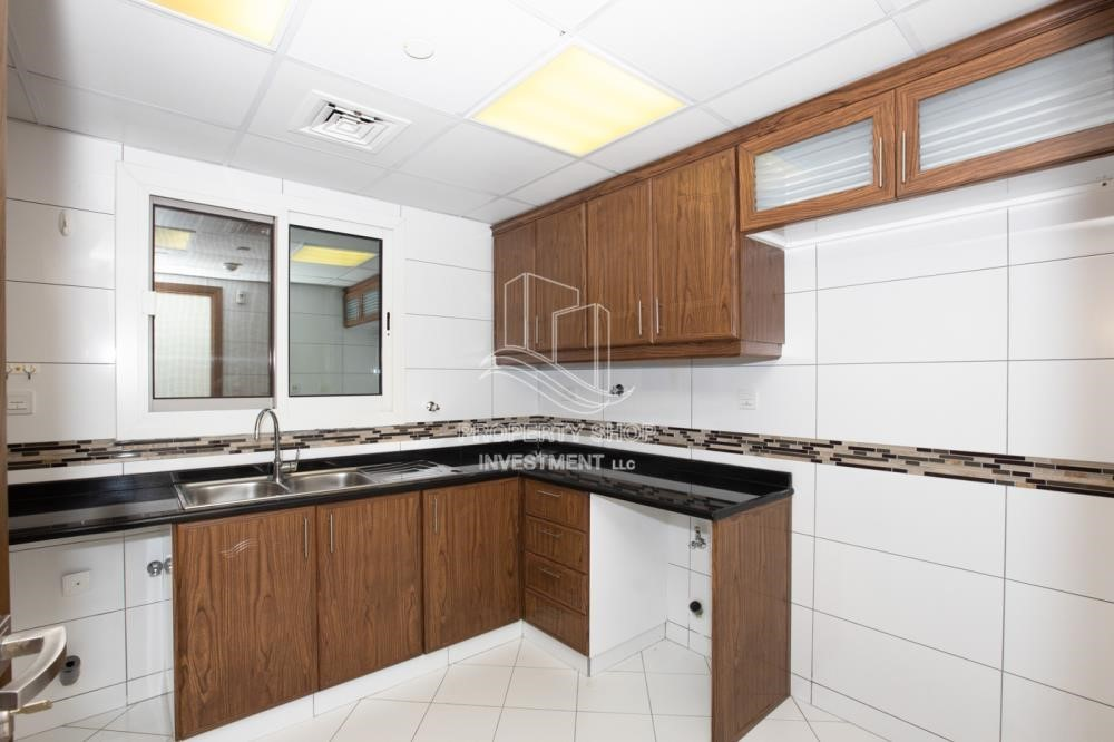 Kitchen - 0% No Commission fees! 3BR Apt with Stunning Sea View!