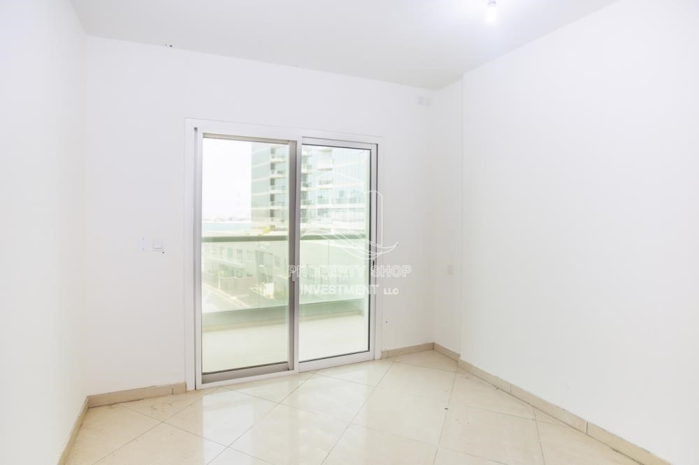 Bedroom - Spacious 2BR Apartment with Partial Sea View.