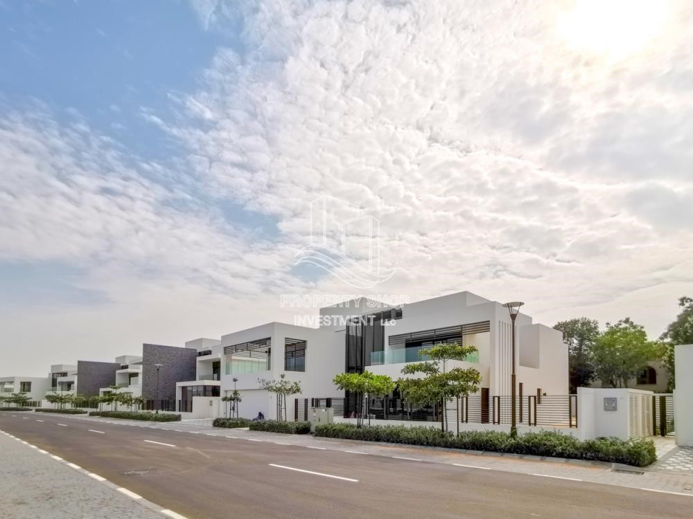 Property - Double Row Middle villa with Premium design and modern features.
