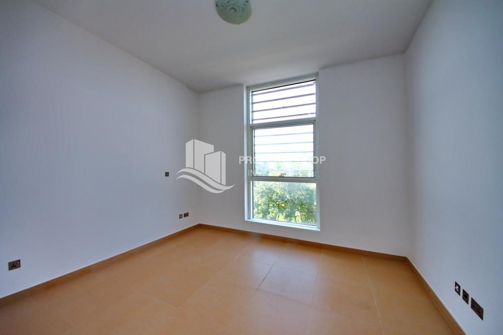 Bedroom - 3BR+M Apt with multiple balconies. Monthly payment offer + Zero Commission