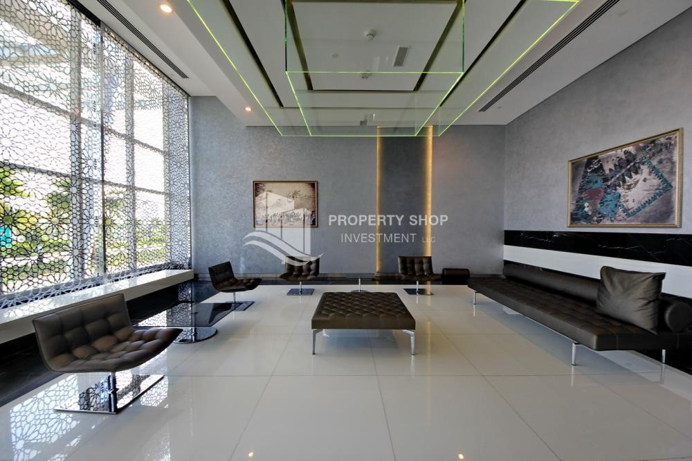 Sitting Area - Furnished Luxurious 3BR+M townhouse in prime location