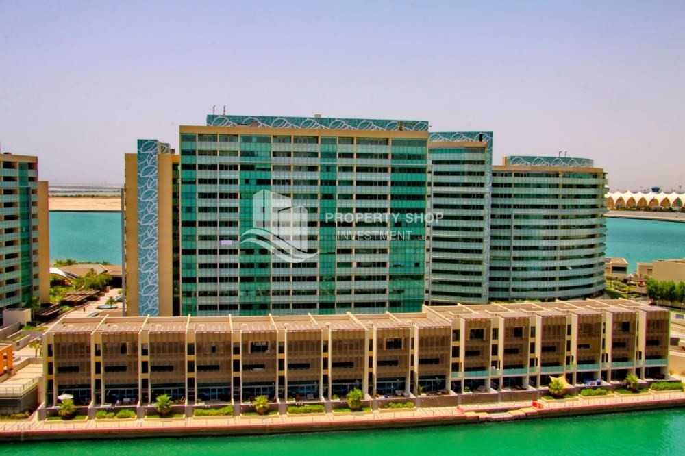 Property - Spacious Apt overlooking Sea + Canal view