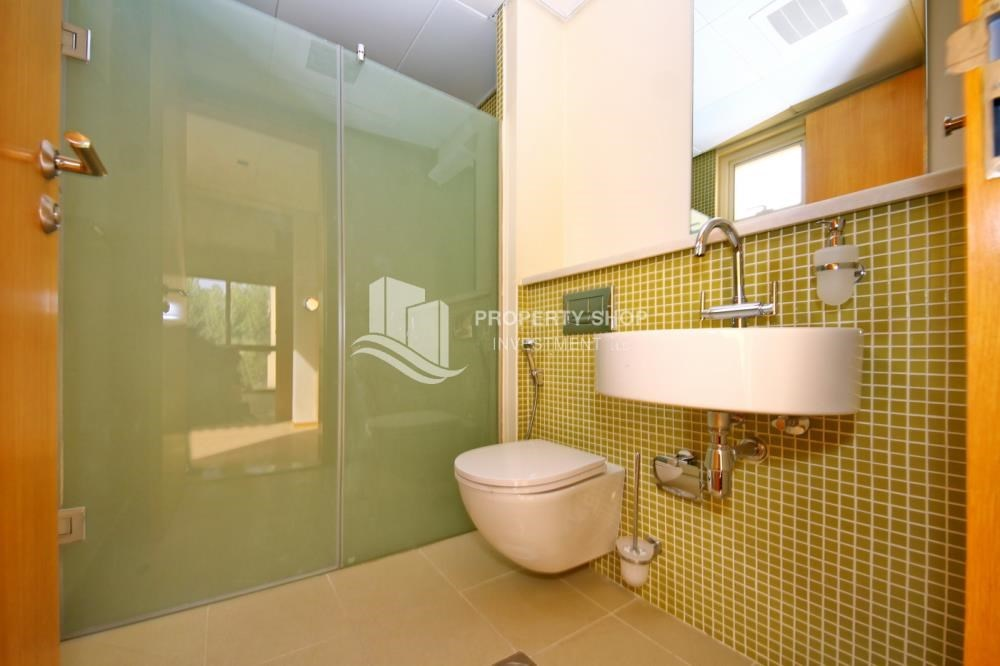 Bathroom - Vacant Type S Villa with High ROI + Pvt Pool.