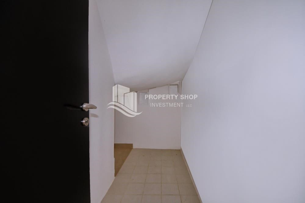 Store Room - Big plot - corner size + Single row 4 BR Villa with wide terrace