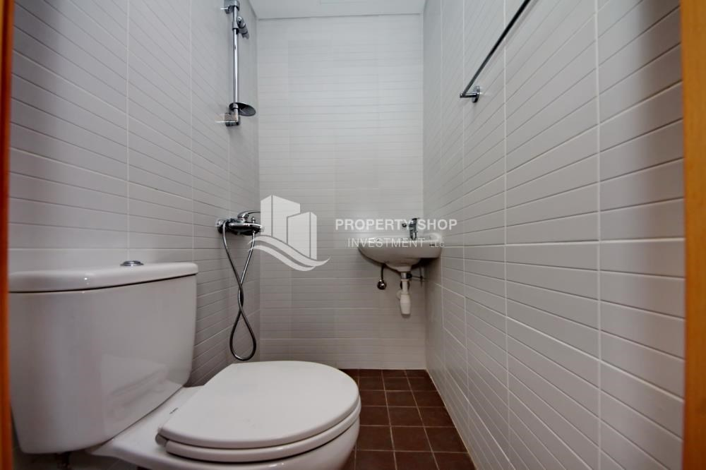 Bathroom - Invest Now, Canal View Apt with spacious living