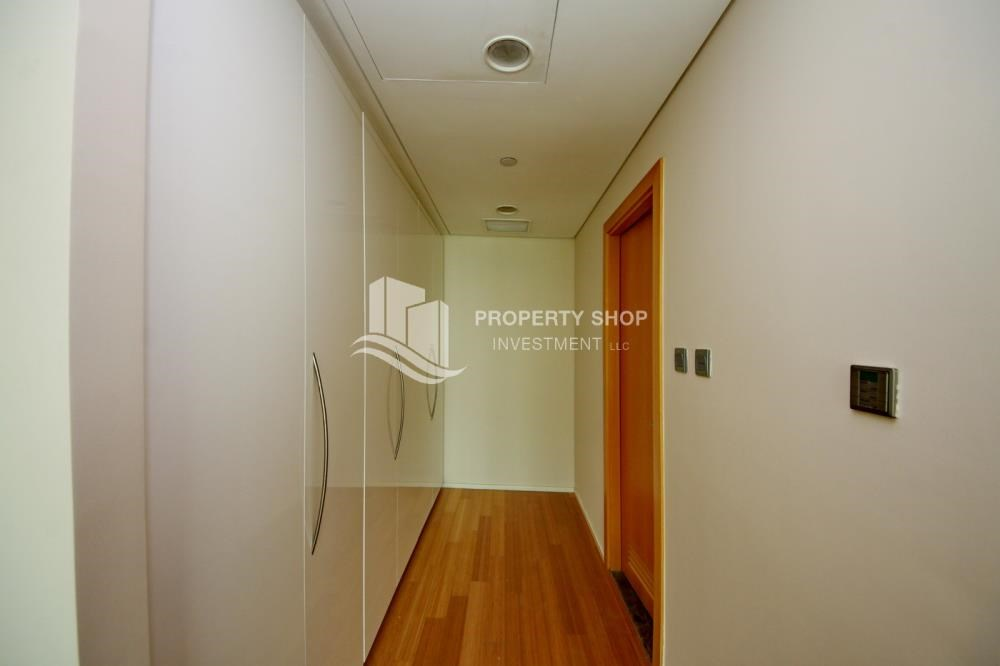 WalkIn Closet - Invest Now, Canal View Apt with spacious living