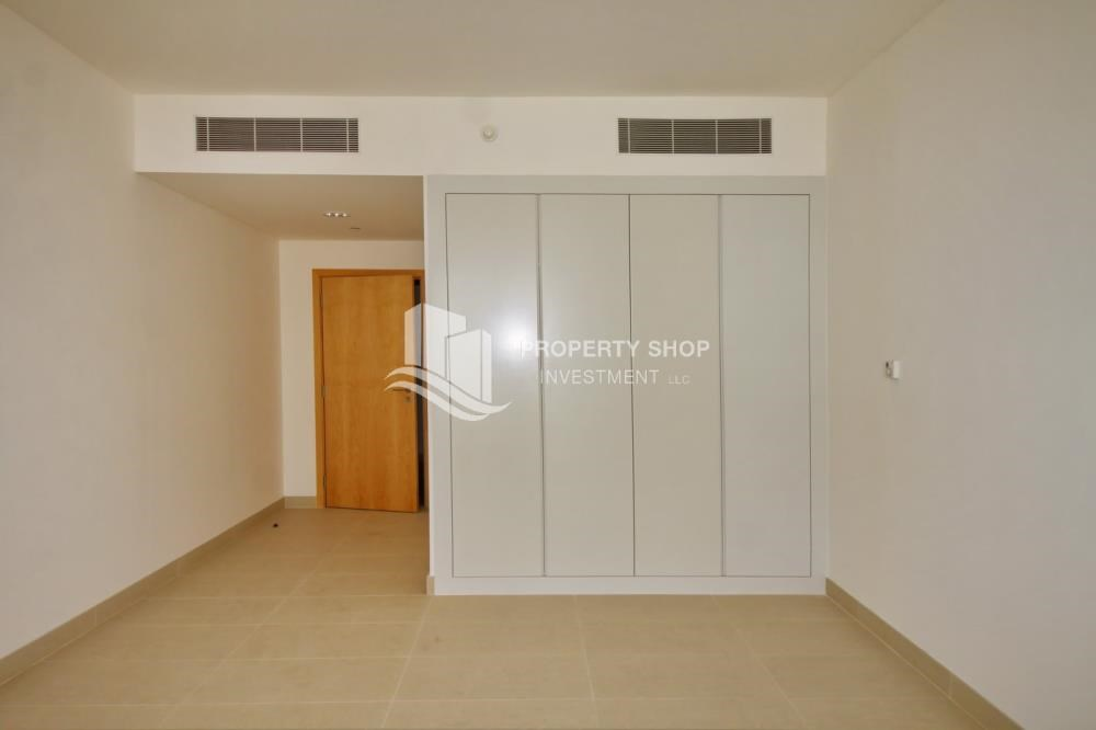 Built in Wardrobe - 2BR apartment on high floor with street view.
