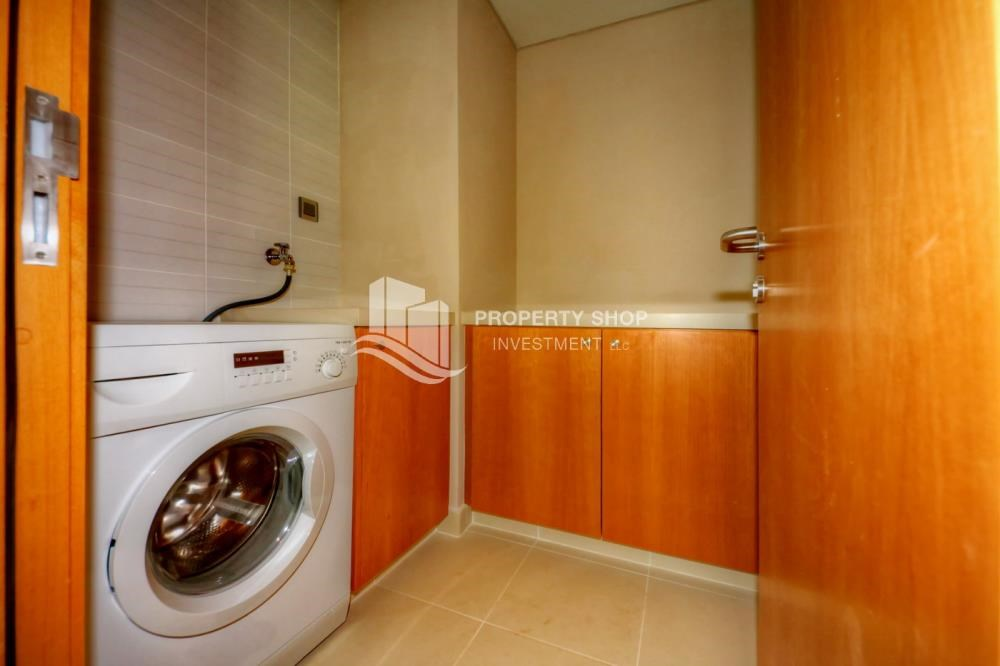 Laundry Room - 2 bedrooms with partial sea and canal view
