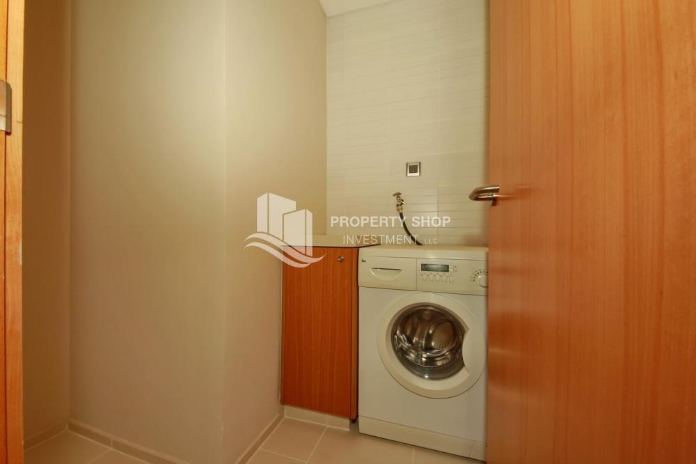 Laundry Room - 4BR+M apartment. Ready to move in now