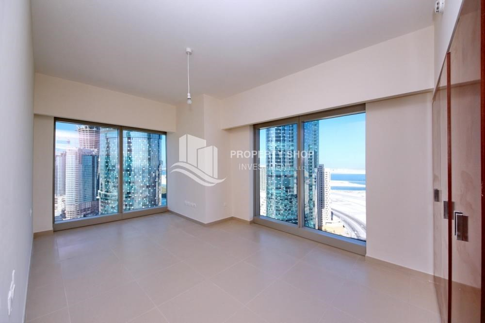 Bedroom - Amazing 2 BR apt in gate tower