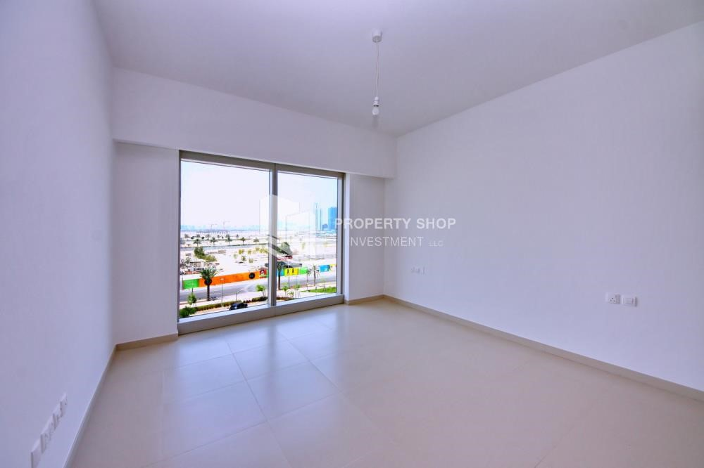 Master Bedroom - Call the agent and Book for 1BR Apartment with Great Facilities!