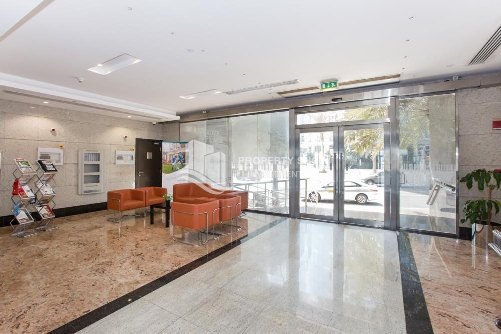 Lobby - High floor 3BR apartment in Mangrove Place with view of the city.