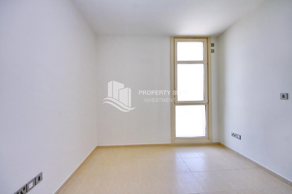 Bedroom - 2BR with built in cabinet & balcony for rent in Mangrove Place.