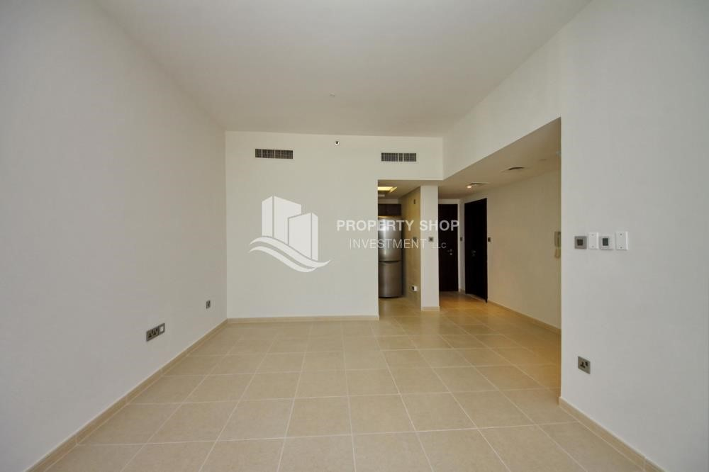 Dining Room - 2BR with built in cabinet & balcony for rent in Mangrove Place.