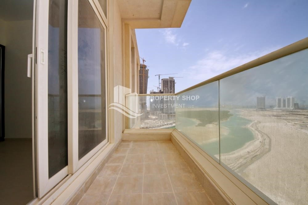 Balcony - 2BR with balcony in Mangrove Place for rent.