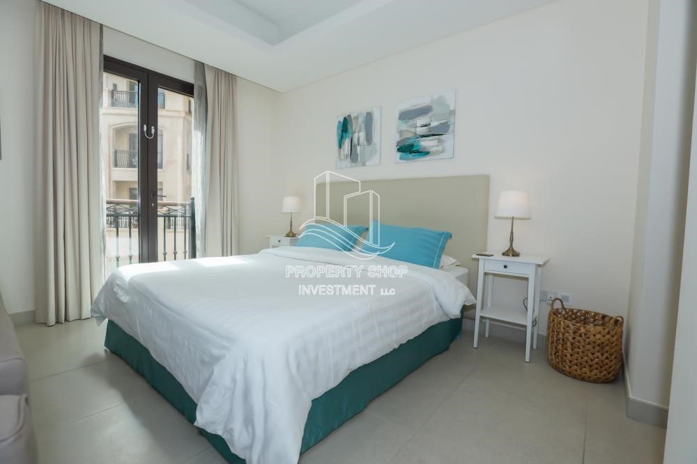 Bedroom - Luxurious Furnished Studio with Parking in St. Regis.