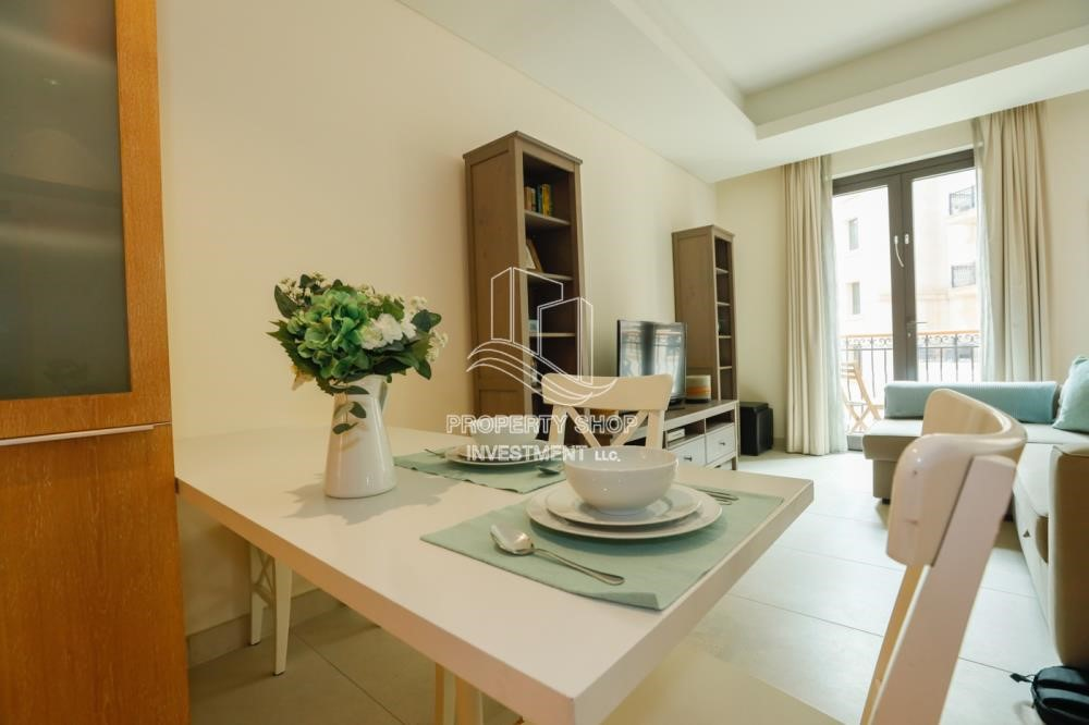 Dining Room - Luxurious Furnished Studio with Parking in St. Regis.