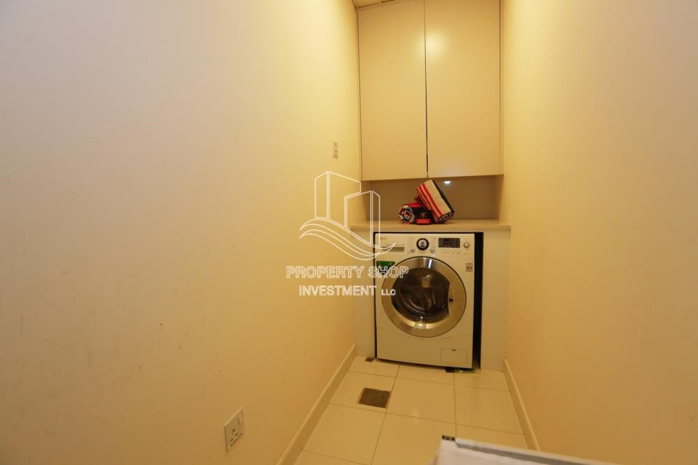 Laundry Room - Luxurious Furnished Studio with Parking in St. Regis.