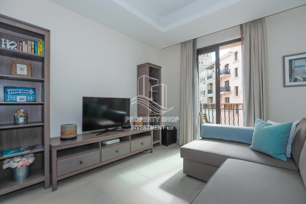 Living Room - Luxurious Furnished Studio with Parking in St. Regis.
