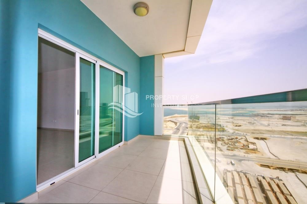 Balcony - Mid floor 1BR unit with sea view offered for 4 cheques!
