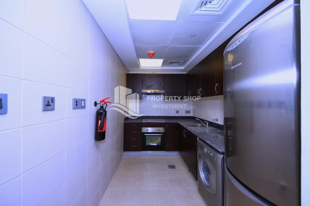 Kitchen - Relaxed ambiance in a community - garden view 1BR Apartment with balcony in Mangrove Place.