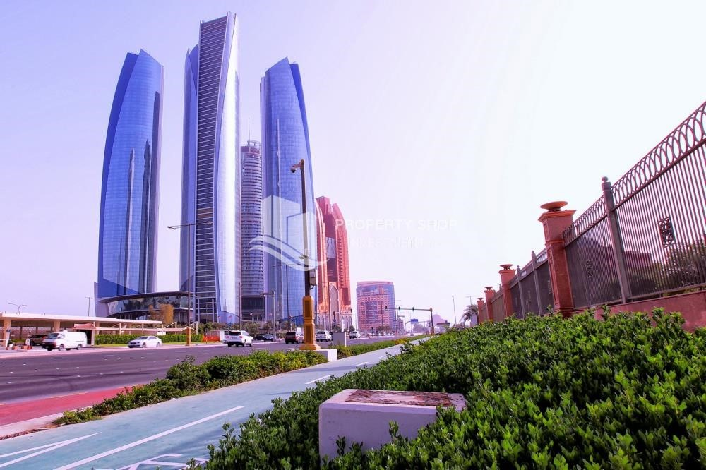 Property - High standard 2BR apartment for rent in Etihad Towers