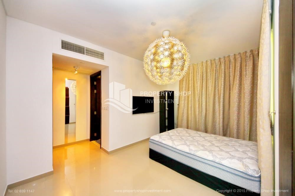 Bedroom - High Floor Apt with Sea view with Multiple Cheques options!
