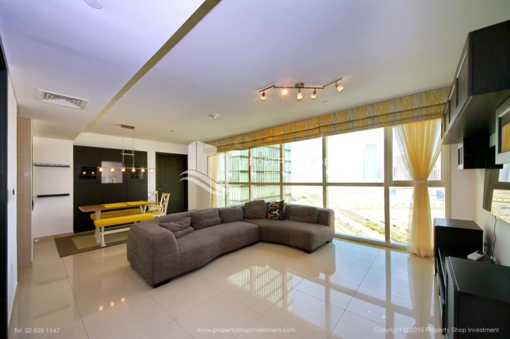Living Room - High Floor Apt with Sea view with Multiple Cheques options!