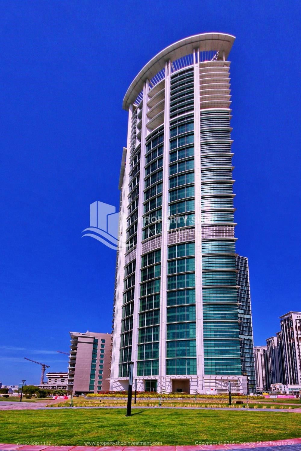 Property - High Floor Apt with Sea view with Multiple Cheques options!