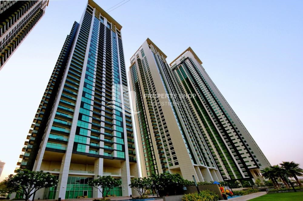 Property - Full sea view in a 2BR apartment with built in cabinet, balcony & free parking space in Al Maha Tower.