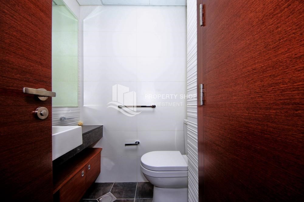 Bathroom - Modern 1 bedroom apartment in Gate Tower 1, Enjoy life with style!