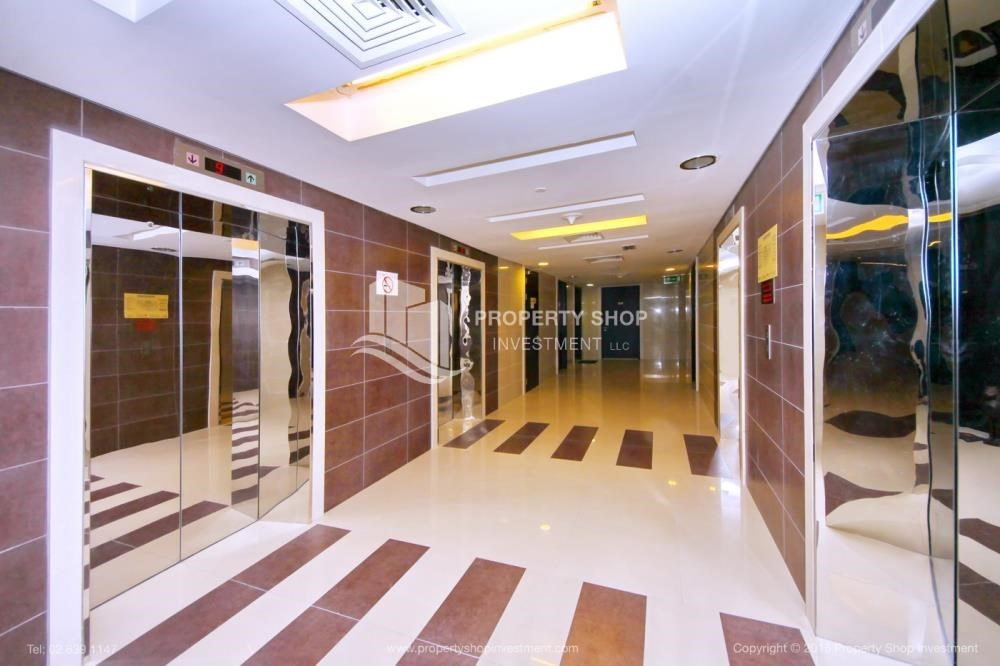 Lobby - Stunning 1BR in High Floor with panoramic views of Al Reem community.