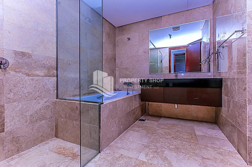 Bathroom - Sea View Apt at Excellent Price