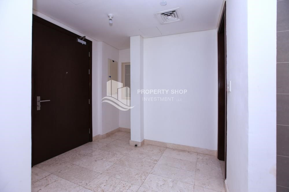 Hall - Low floor 2BR apartment in Marina Heights with park view.
