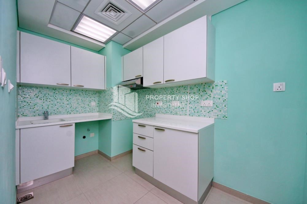 Kitchen - Astonishing 1BR with the best views offered at great price, Inquire at PSI now!