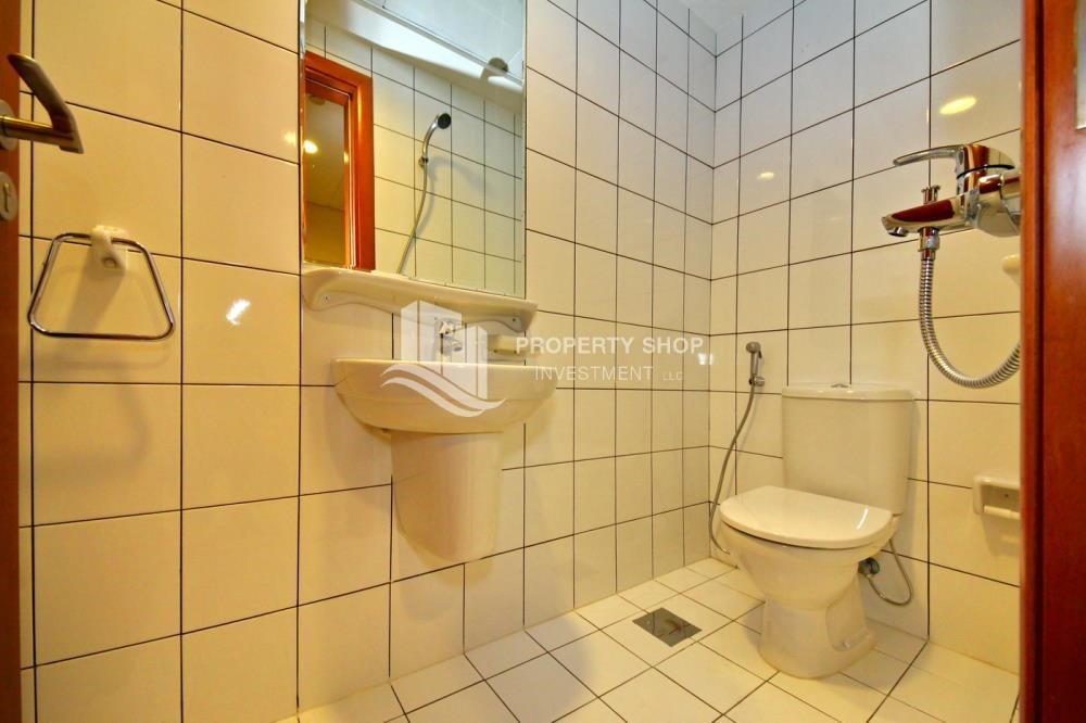 Bathroom - Spacious Sea View 1+M BR with balcony.