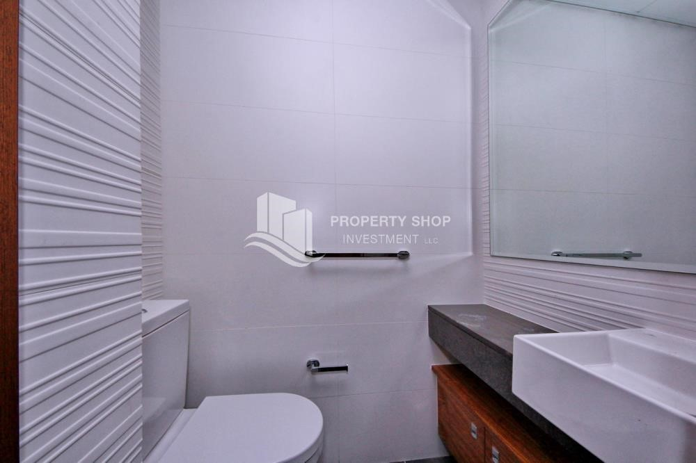 Bathroom - Spacious Layout, Stunning 1BR Apt with Amazing Facilities. No Commission Fees!