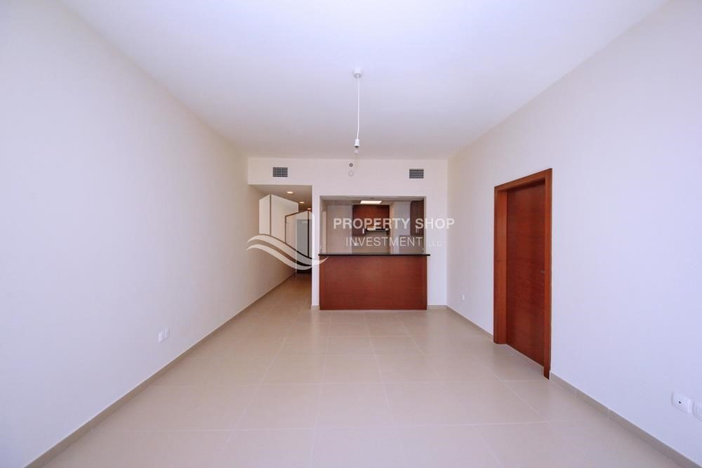 Bedroom - Spacious Layout, Stunning 1BR Apt with Amazing Facilities. No Commission Fees!